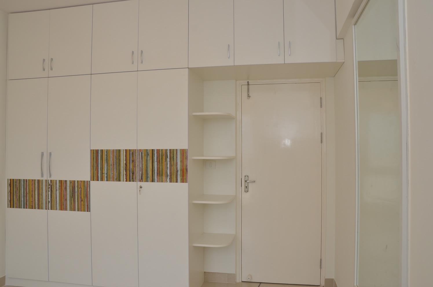 Efficient Storage by Naushad Bedroom Modern | Interior Design Photos & Ideas