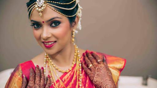 South Indian bride! by Harleen Kaur Bridal-makeup | Weddings Photos & Ideas