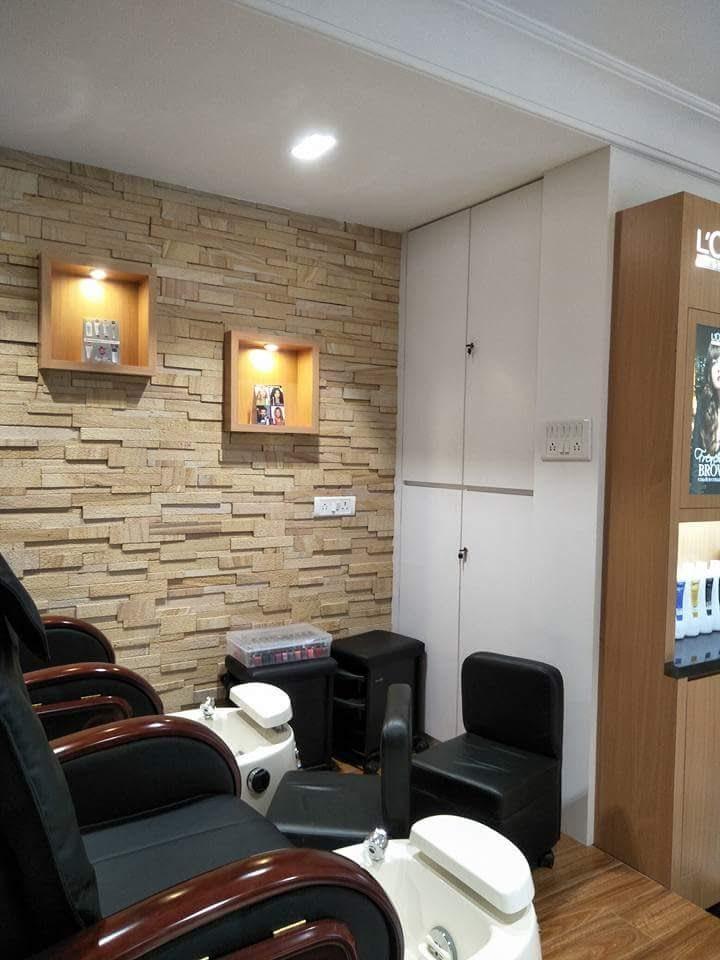 Wooden Work Flooring With Black Cushioned Chairs by Manvir Singh Modern | Interior Design Photos & Ideas