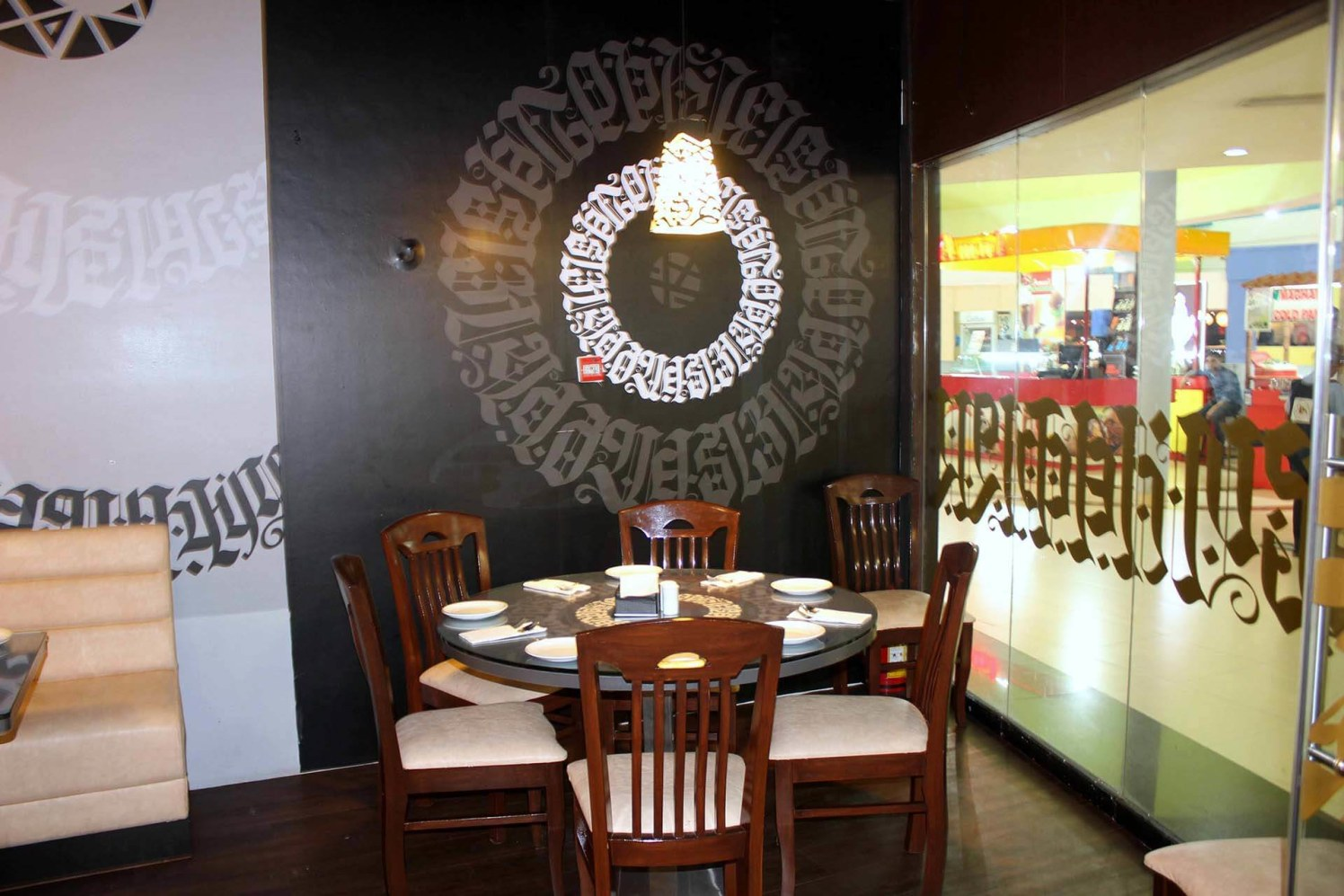 The Sweet Dine by Trupti Ladda Contemporary | Interior Design Photos & Ideas