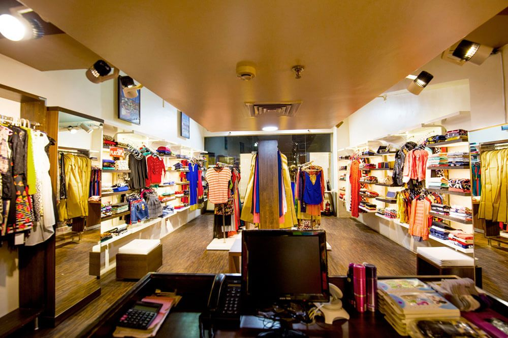 Modern Clothes Store by Trupti Ladda Modern | Interior Design Photos & Ideas
