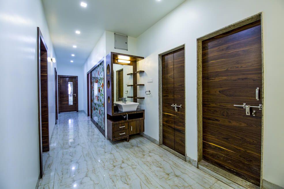 The Wooden Texture by Trupti Ladda Modern | Interior Design Photos & Ideas