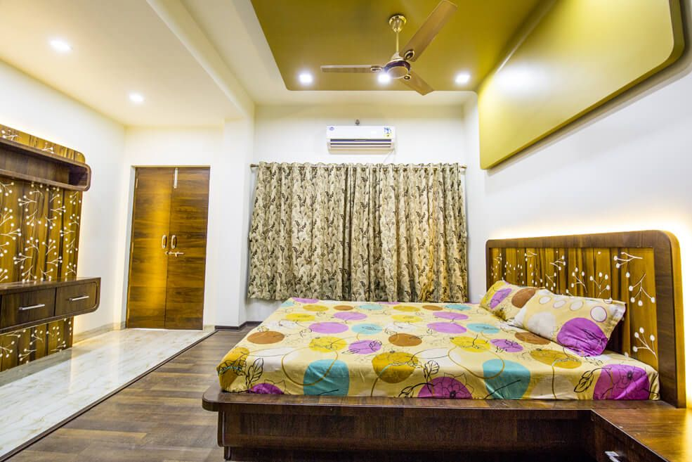 brown Theme Bedroom with Queen Size Bed and Wood Flooring by Trupti Ladda Bedroom Minimalistic   Interior Design Photos & Ideas