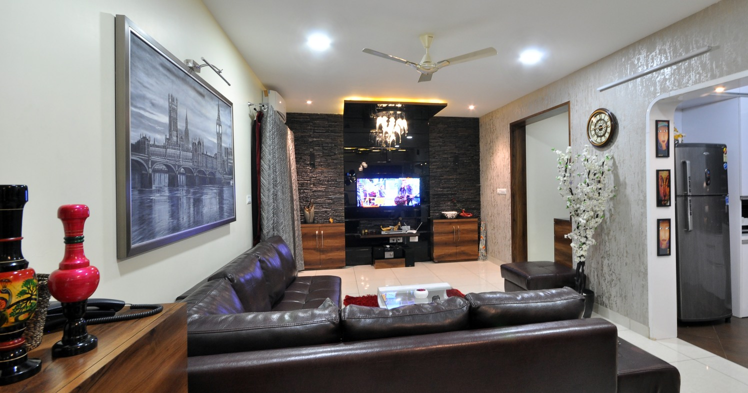 Charcoal Living by Imtiyaz Khan Modern | Interior Design Photos & Ideas