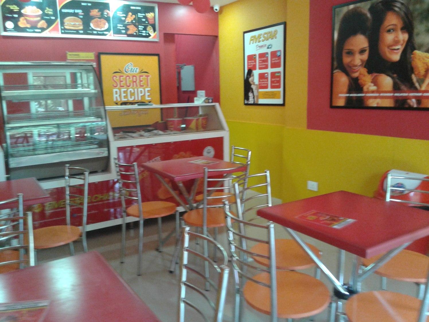 Modern Restaurant by Sridhar Modern | Interior Design Photos & Ideas