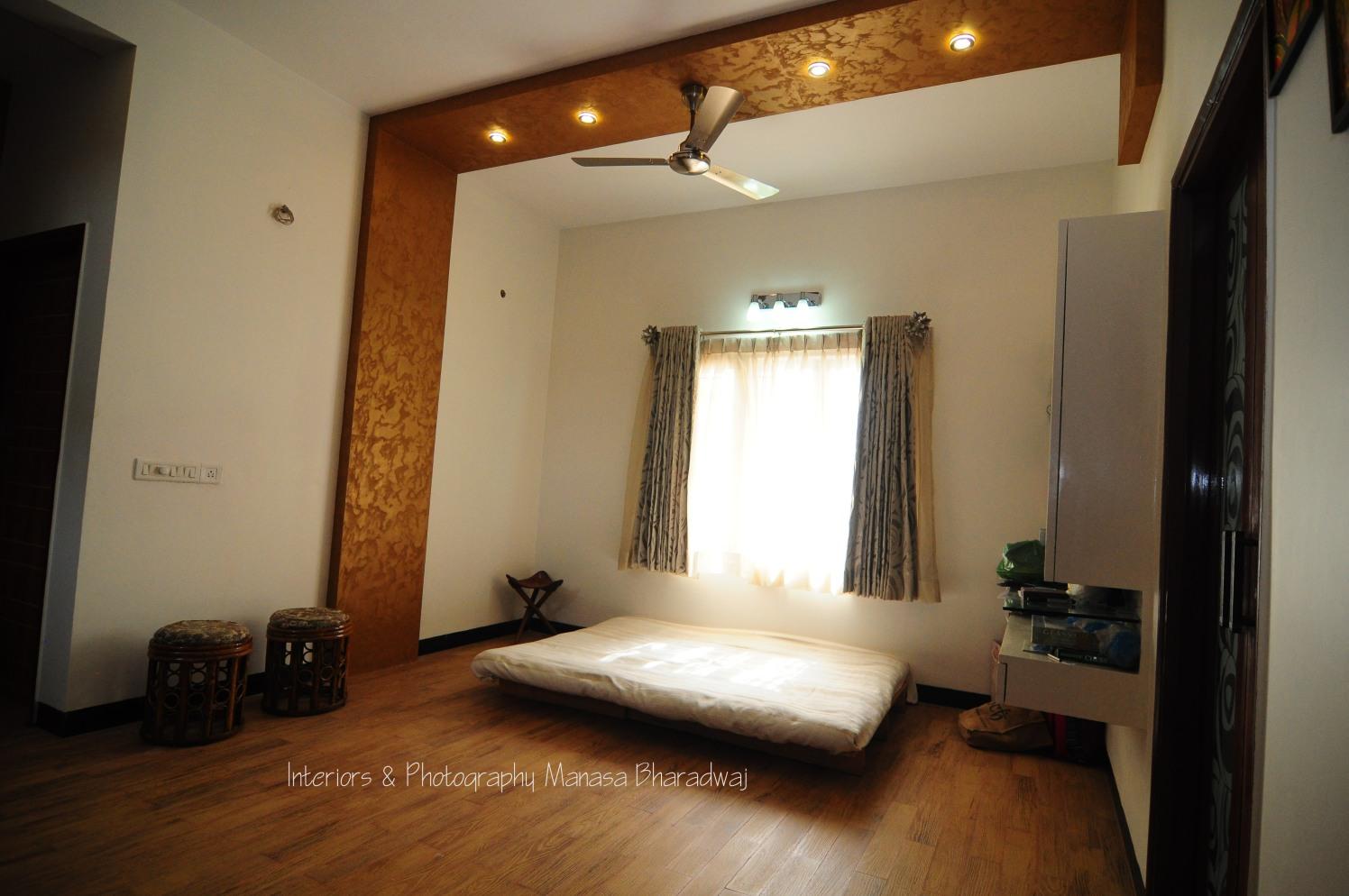 Sunday Spot by Manasa Bharadwaj Bedroom Contemporary | Interior Design Photos & Ideas
