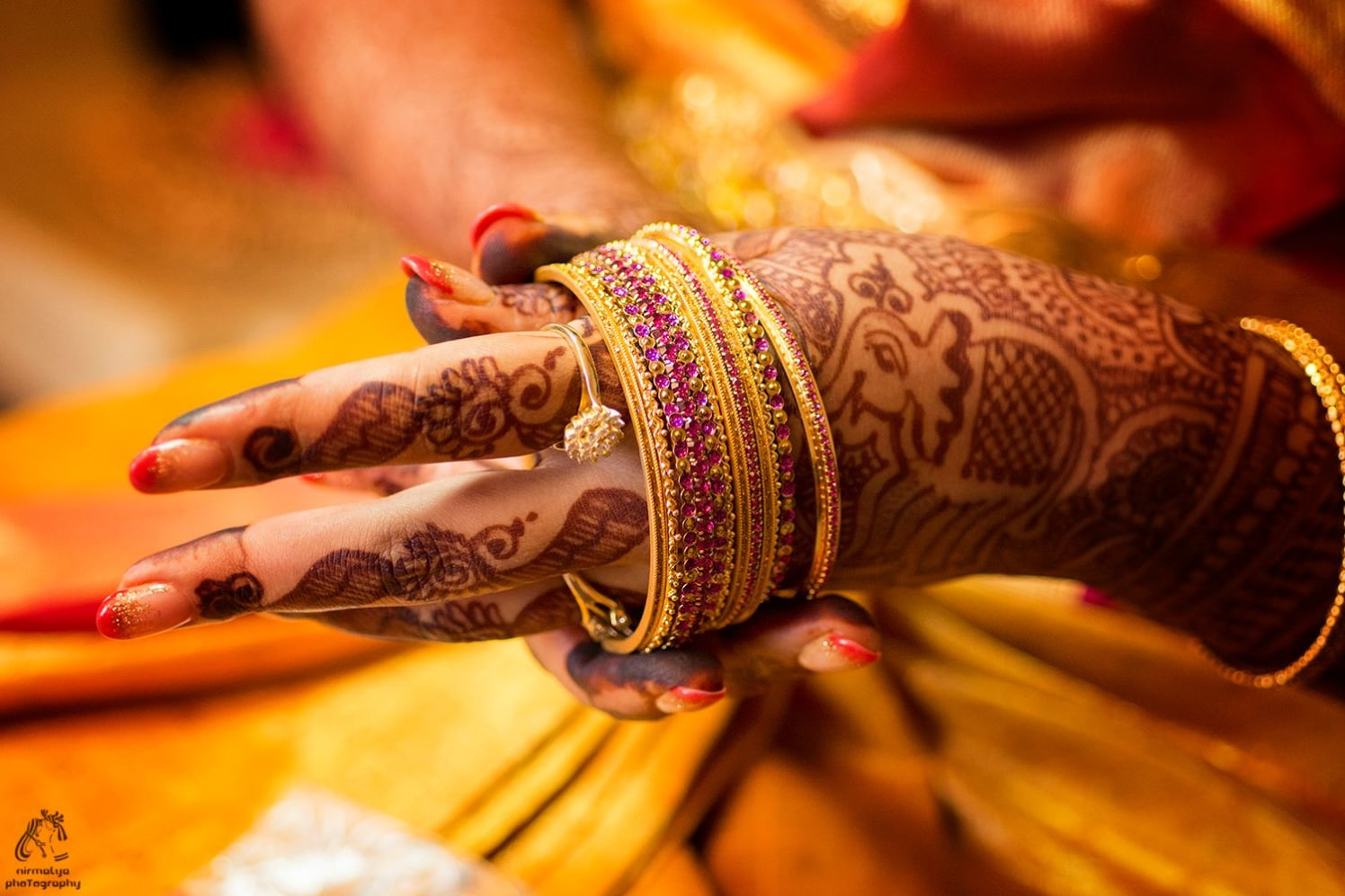 Sparkling bangles by Wedding Moments Wedding-photography | Weddings Photos & Ideas