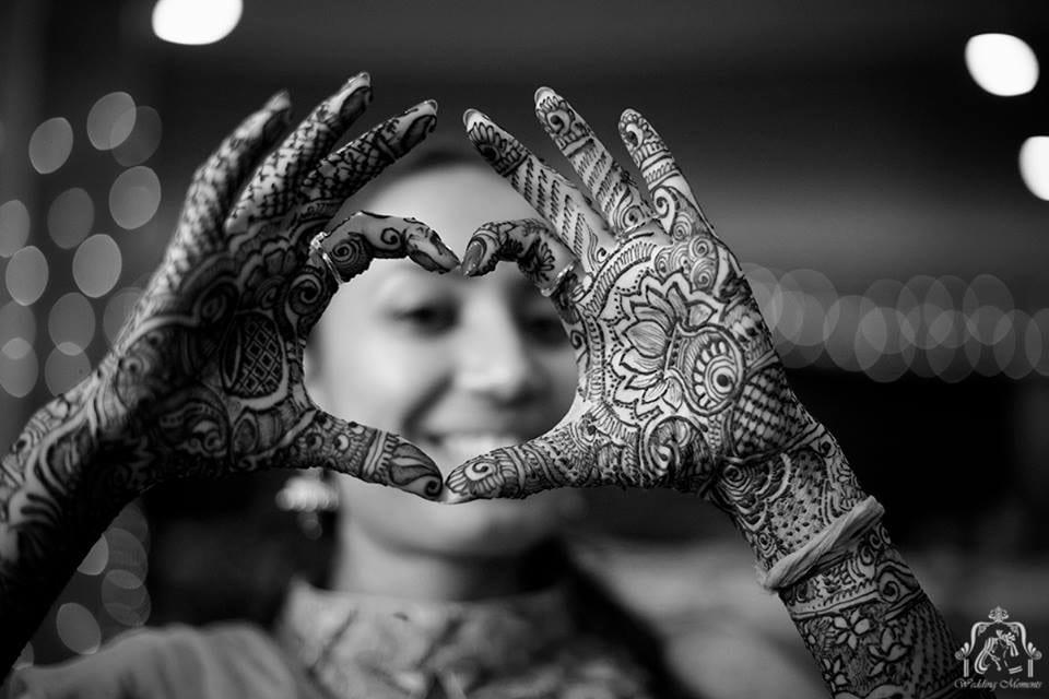 Hearty heena by Wedding Moments Wedding-photography | Weddings Photos & Ideas