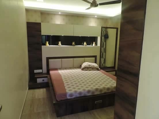 Wood and High Gloss by Parveen Adhana Bedroom Modern | Interior Design Photos & Ideas