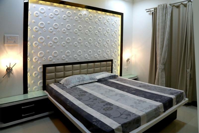 Textured Wall by Parveen Adhana Bedroom Modern | Interior Design Photos & Ideas