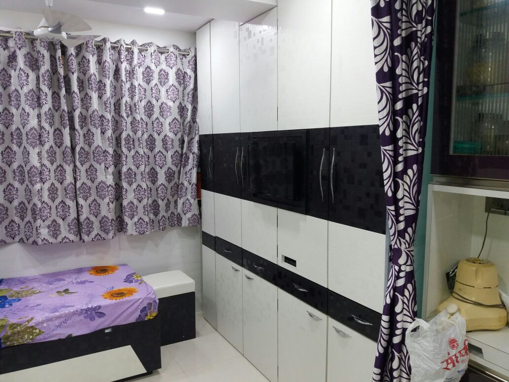 Monochrome Closet by Nidhi Rathod Modern | Interior Design Photos & Ideas