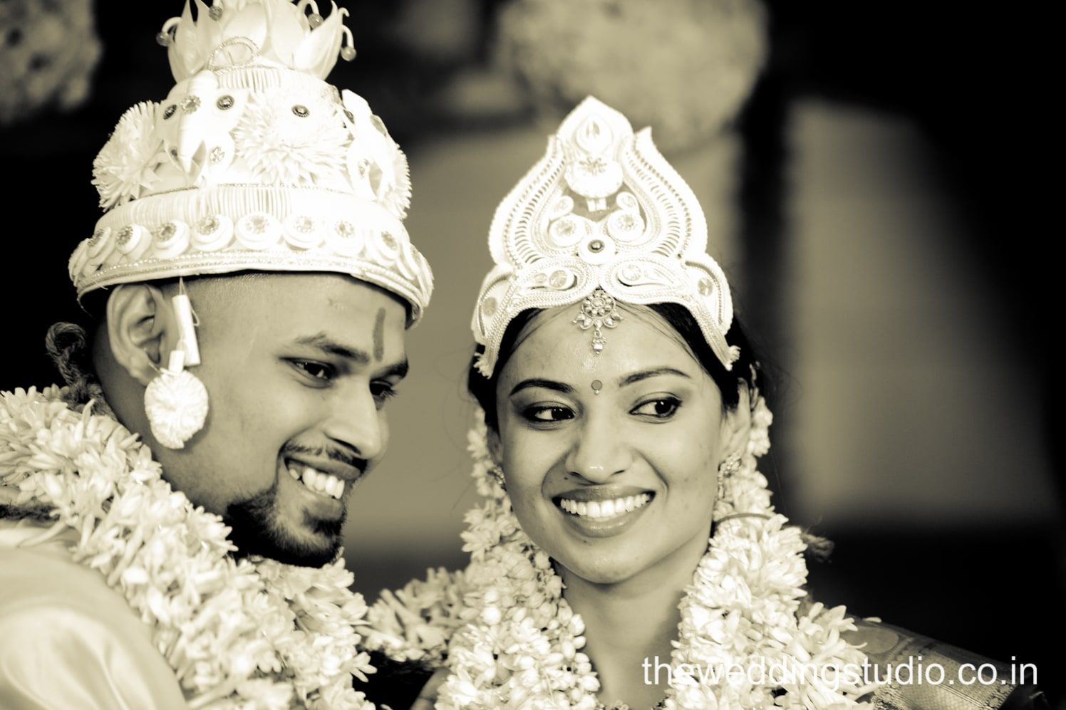 The mesmerizing duo! by THE WEDDING STUDIO Wedding-photography | Weddings Photos & Ideas