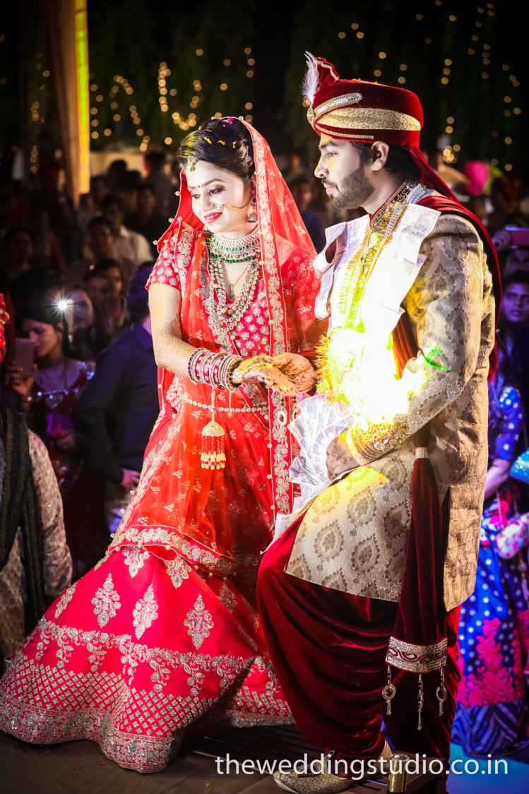 Enters the majestic duo! by THE WEDDING STUDIO Wedding-photography   Weddings Photos & Ideas
