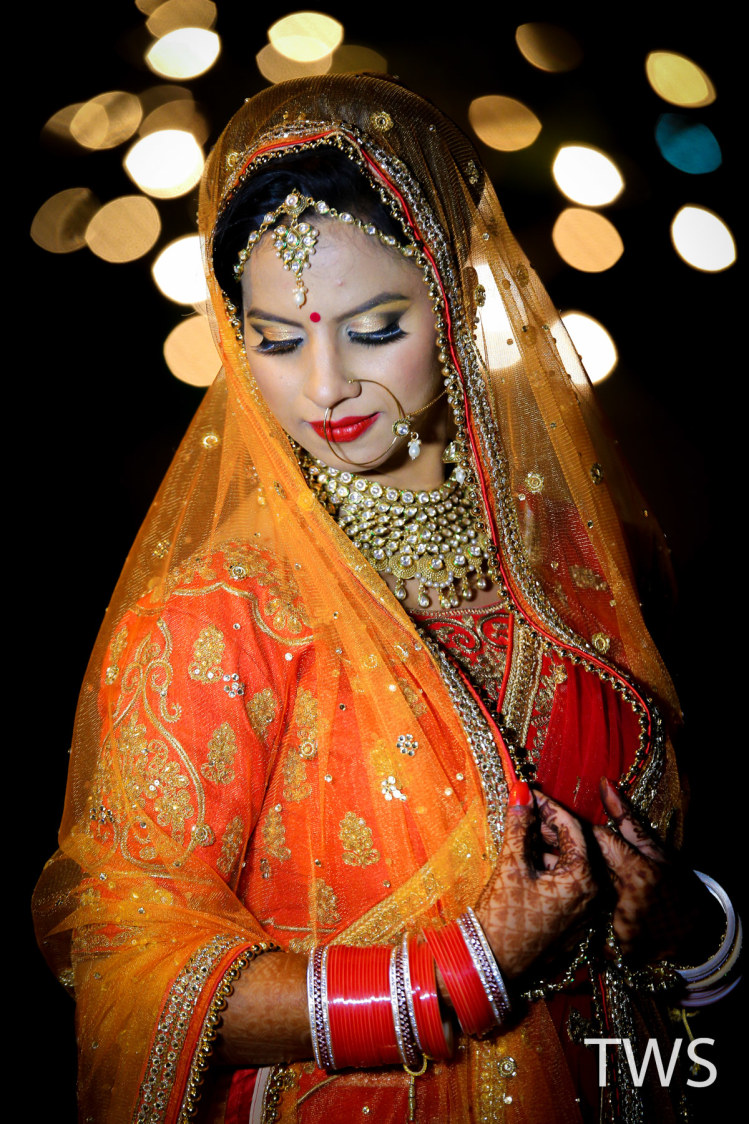 Elegance prsonified by THE WEDDING STUDIO Wedding-photography Bridal-jewellery-and-accessories Bridal-makeup | Weddings Photos & Ideas