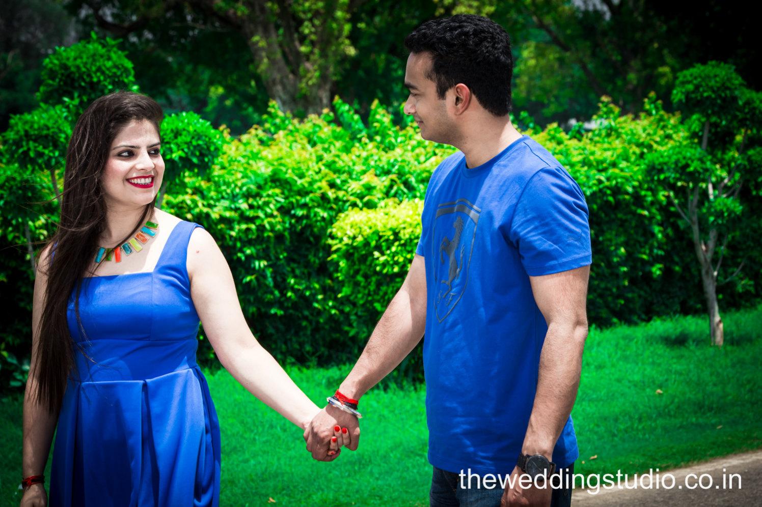 Gaze of love by THE WEDDING STUDIO Wedding-photography   Weddings Photos & Ideas