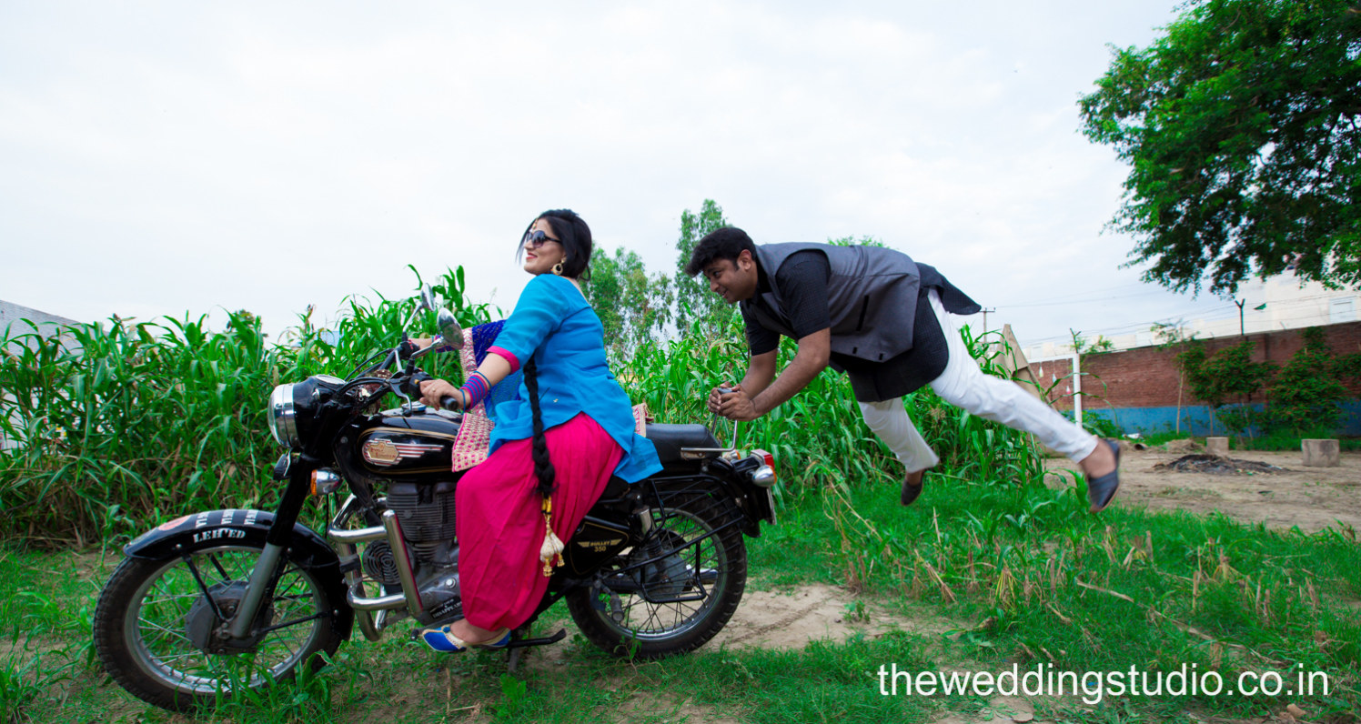When your wife's a bike lover! by THE WEDDING STUDIO Wedding-photography | Weddings Photos & Ideas