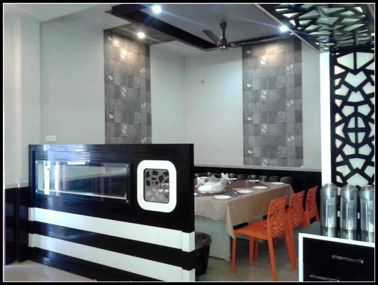 The Artistic Decor by Jhumur Ghosh Chaki Contemporary | Interior Design Photos & Ideas