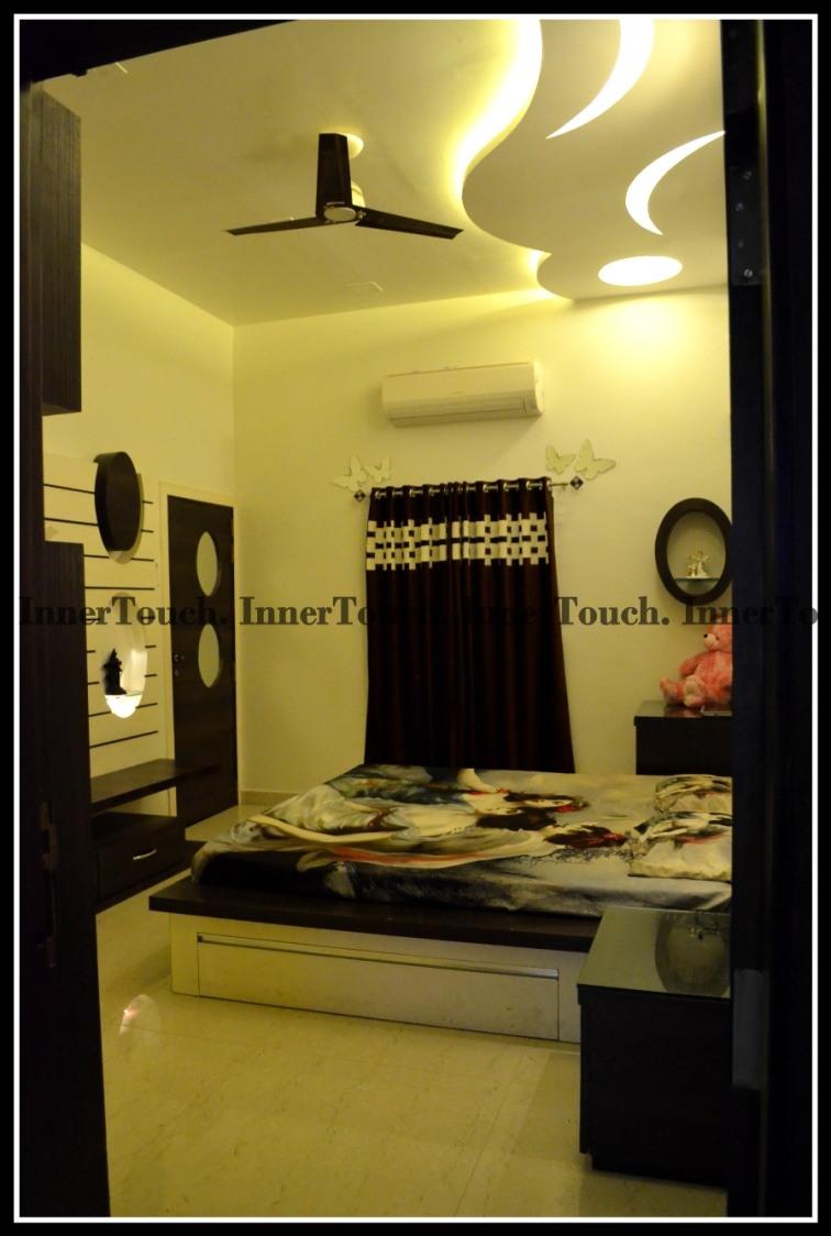 Contemporary Living by Jhumur Ghosh Chaki Contemporary | Interior Design Photos & Ideas