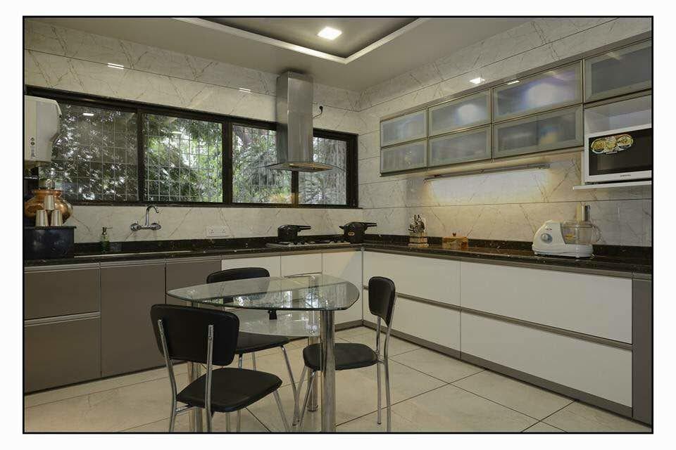Modern style kitchen by Homedigiland Services Pvt. Ltd. Modern | Interior Design Photos & Ideas