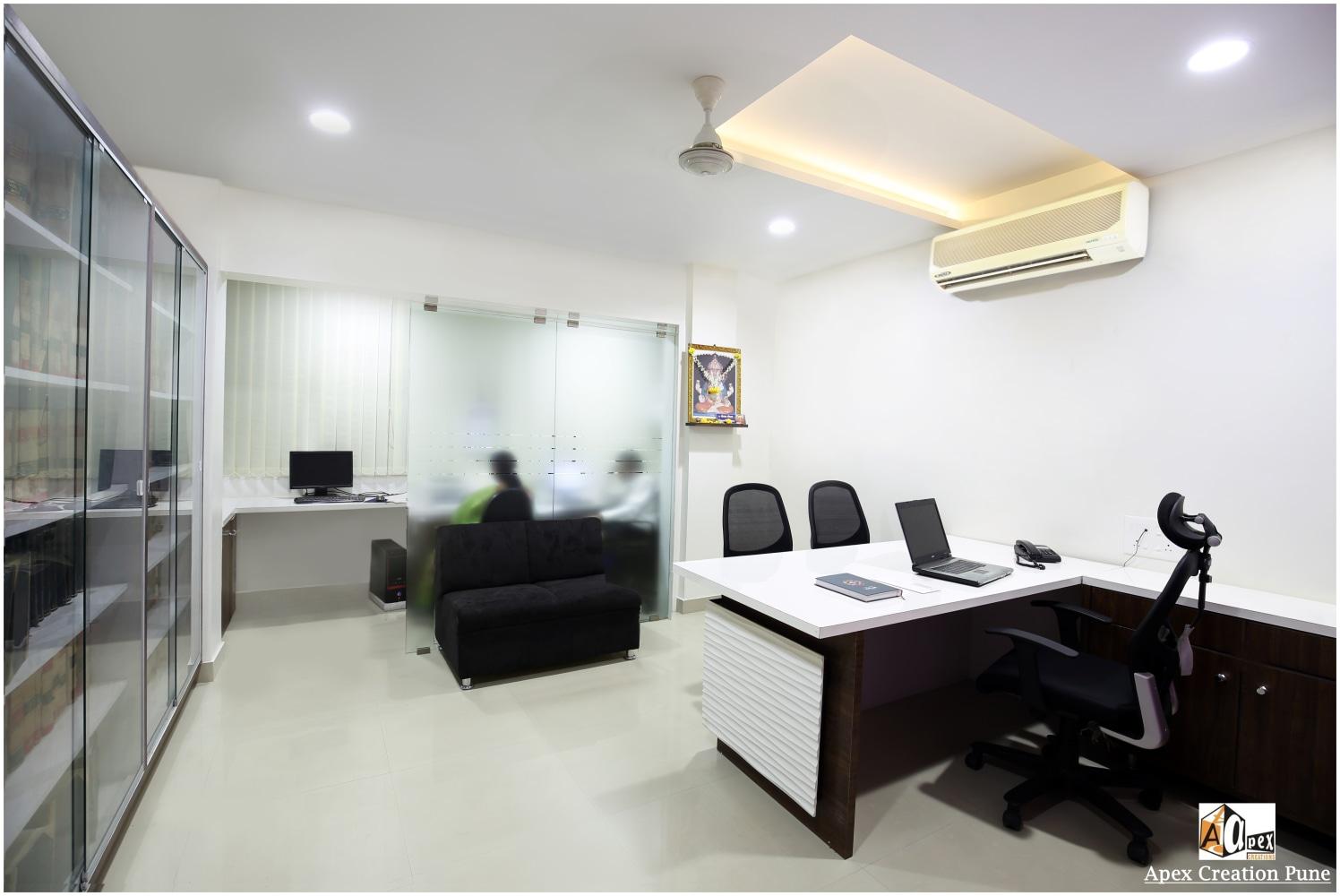Modern office by Rohit Keskar Modern Contemporary | Interior Design Photos & Ideas