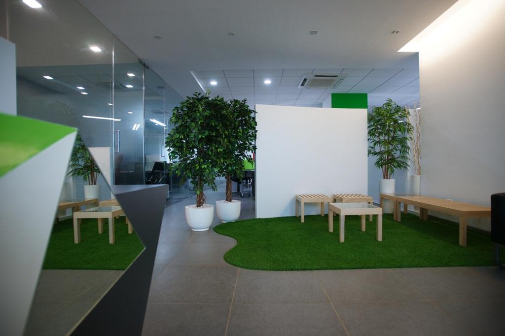 Modern office floor by Sunil Sathe Modern | Interior Design Photos & Ideas