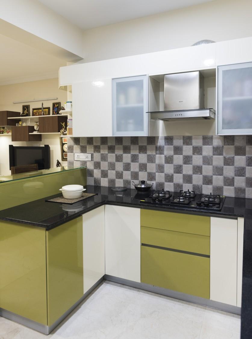 Rich Contrast by HomeLane Modular-kitchen Modern | Interior Design Photos & Ideas