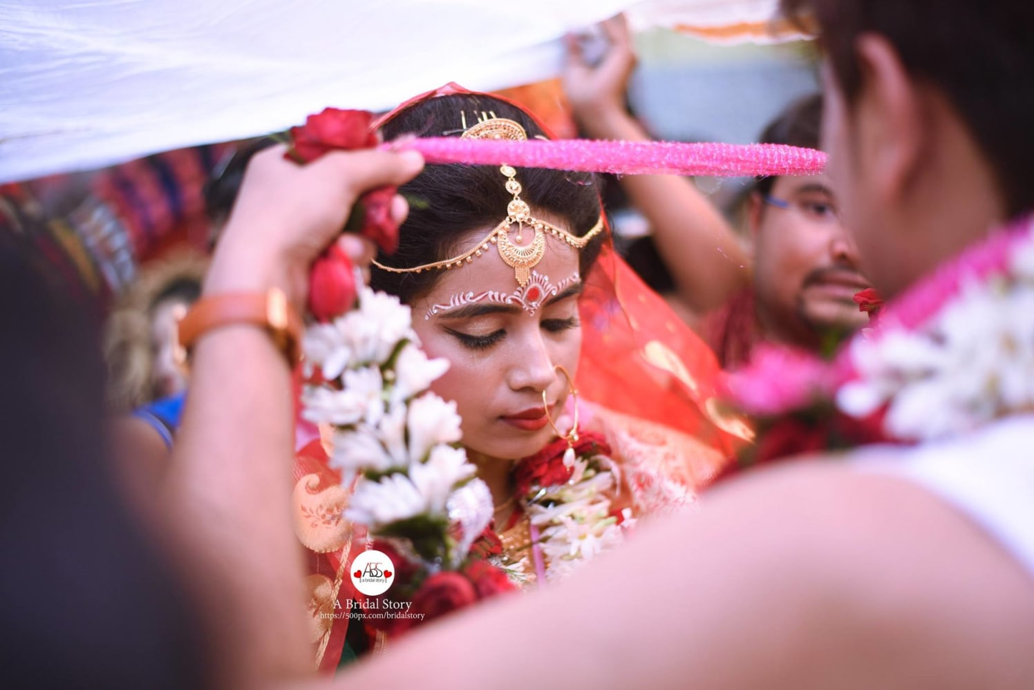 Maker her own! by A Bridal Story Wedding-photography | Weddings Photos & Ideas