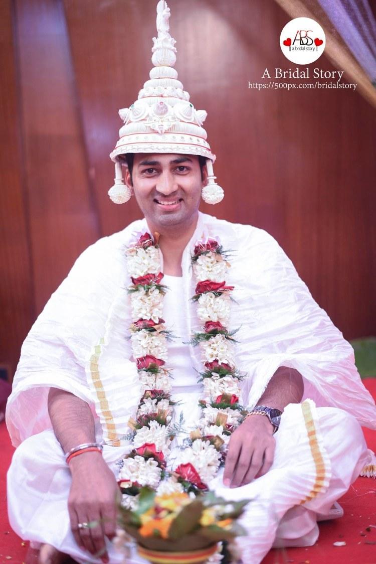 Blandish bengali groom by A Bridal Story Wedding-photography | Weddings Photos & Ideas