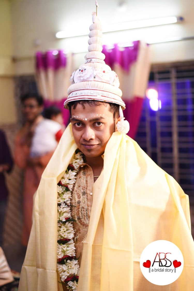 Sight of bengali groom! by A Bridal Story Wedding-photography | Weddings Photos & Ideas