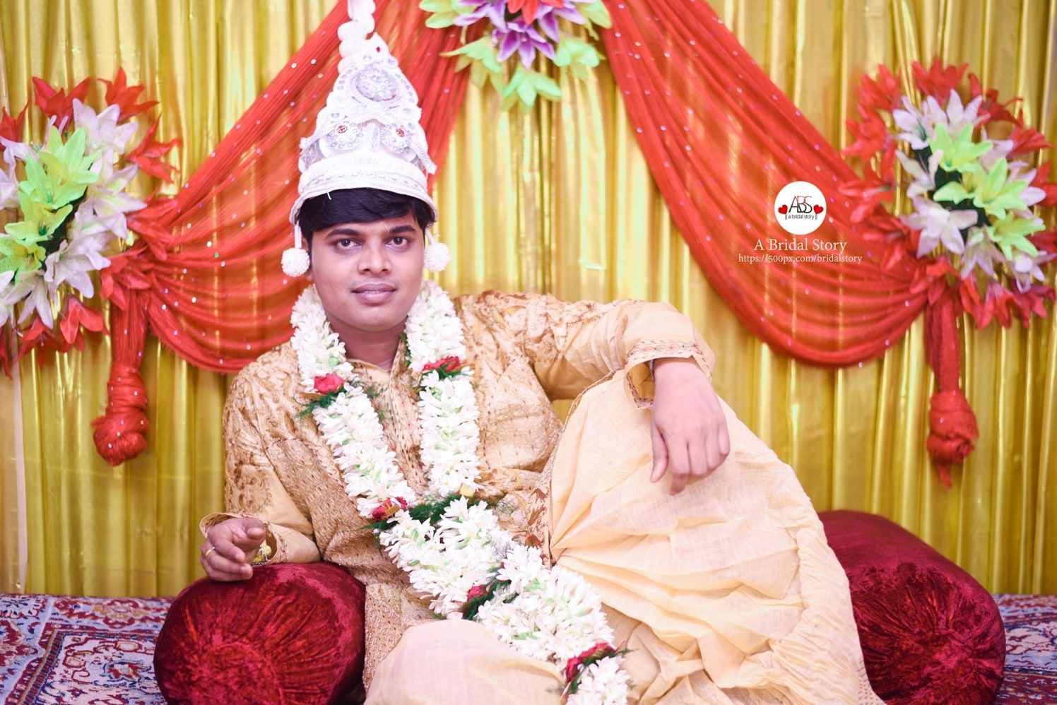 Statuesque of bengali groom by A Bridal Story Wedding-photography | Weddings Photos & Ideas