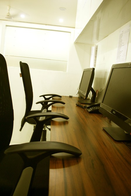 Modern Style Office by Abhijeet Avinash Joshi Modern | Interior Design Photos & Ideas