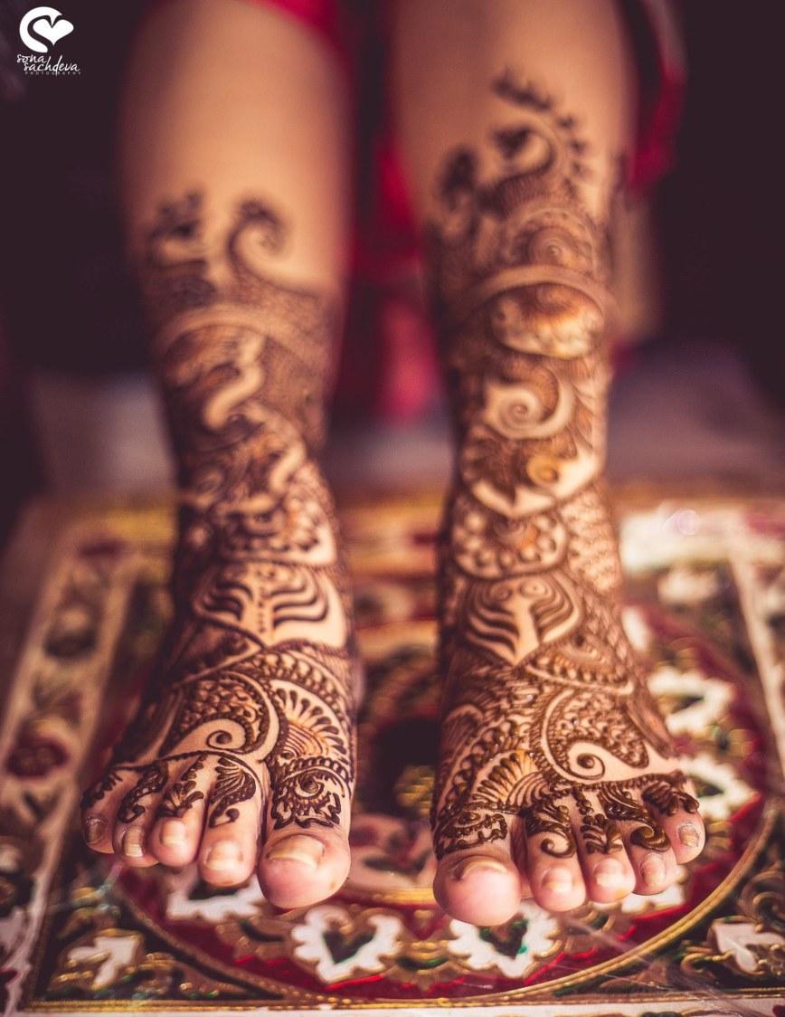 Artistic colour of love by Sona Sachdeva Photography Wedding-photography   Weddings Photos & Ideas