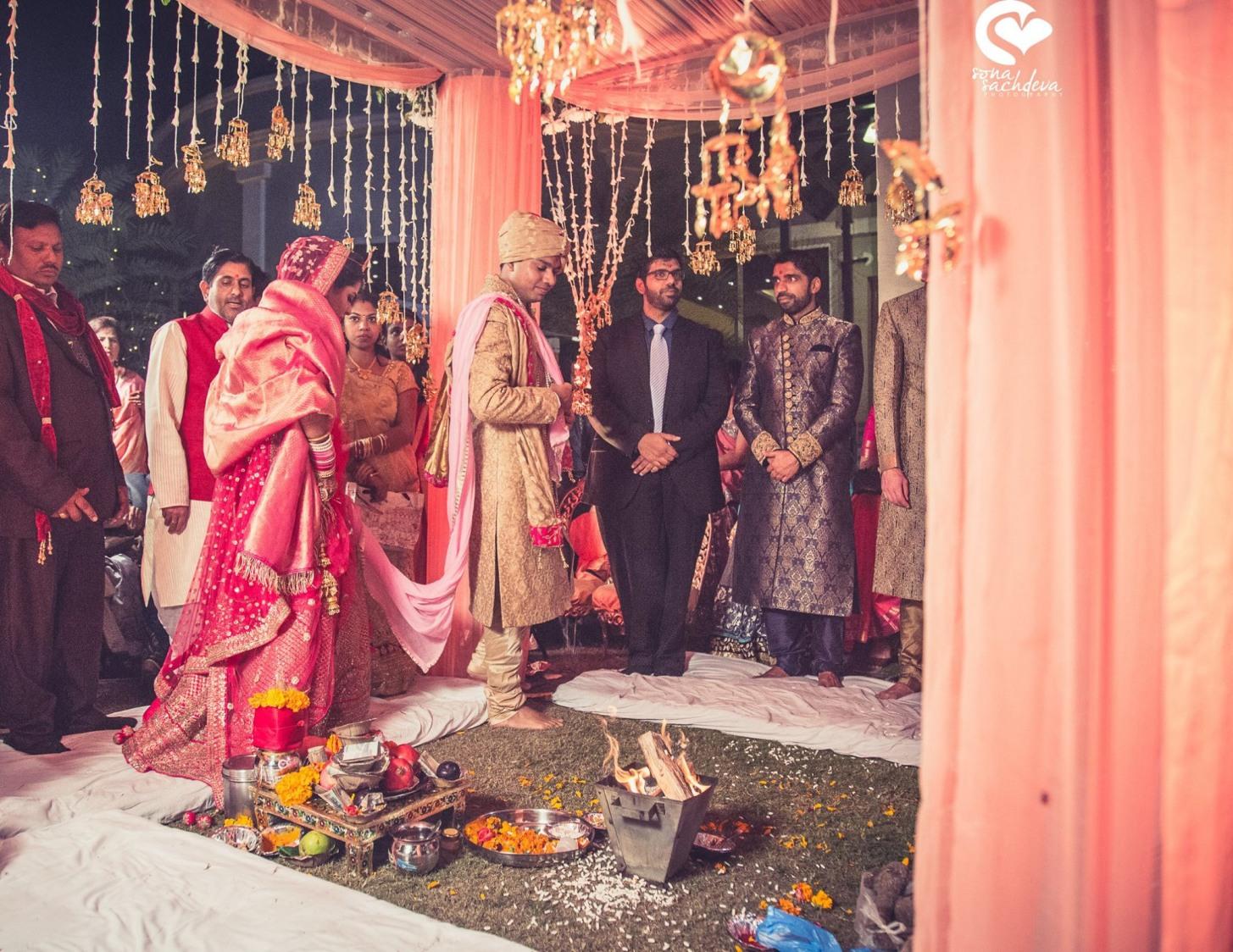Stepping towards eternal love by Sona Sachdeva Photography Wedding-photography | Weddings Photos & Ideas