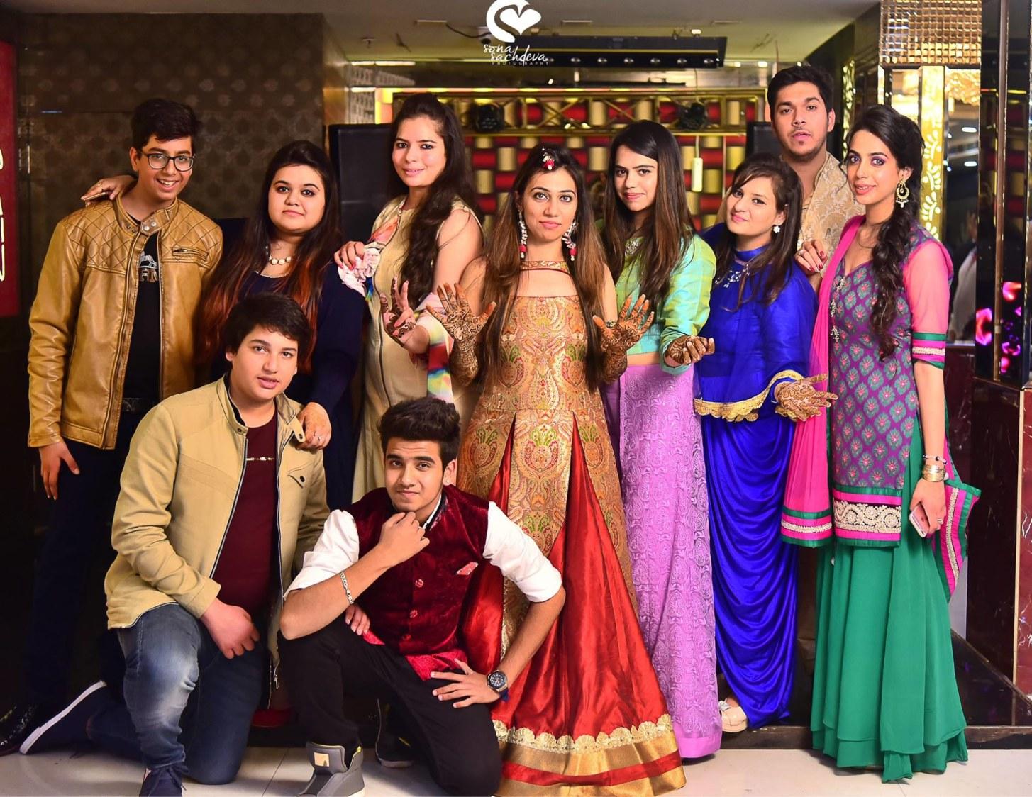 Jubilant squad by Sona Sachdeva Photography Wedding-photography | Weddings Photos & Ideas