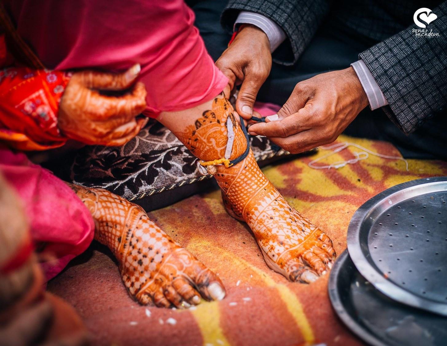 Auspicious rituals by Sona Sachdeva Photography Wedding-photography   Weddings Photos & Ideas