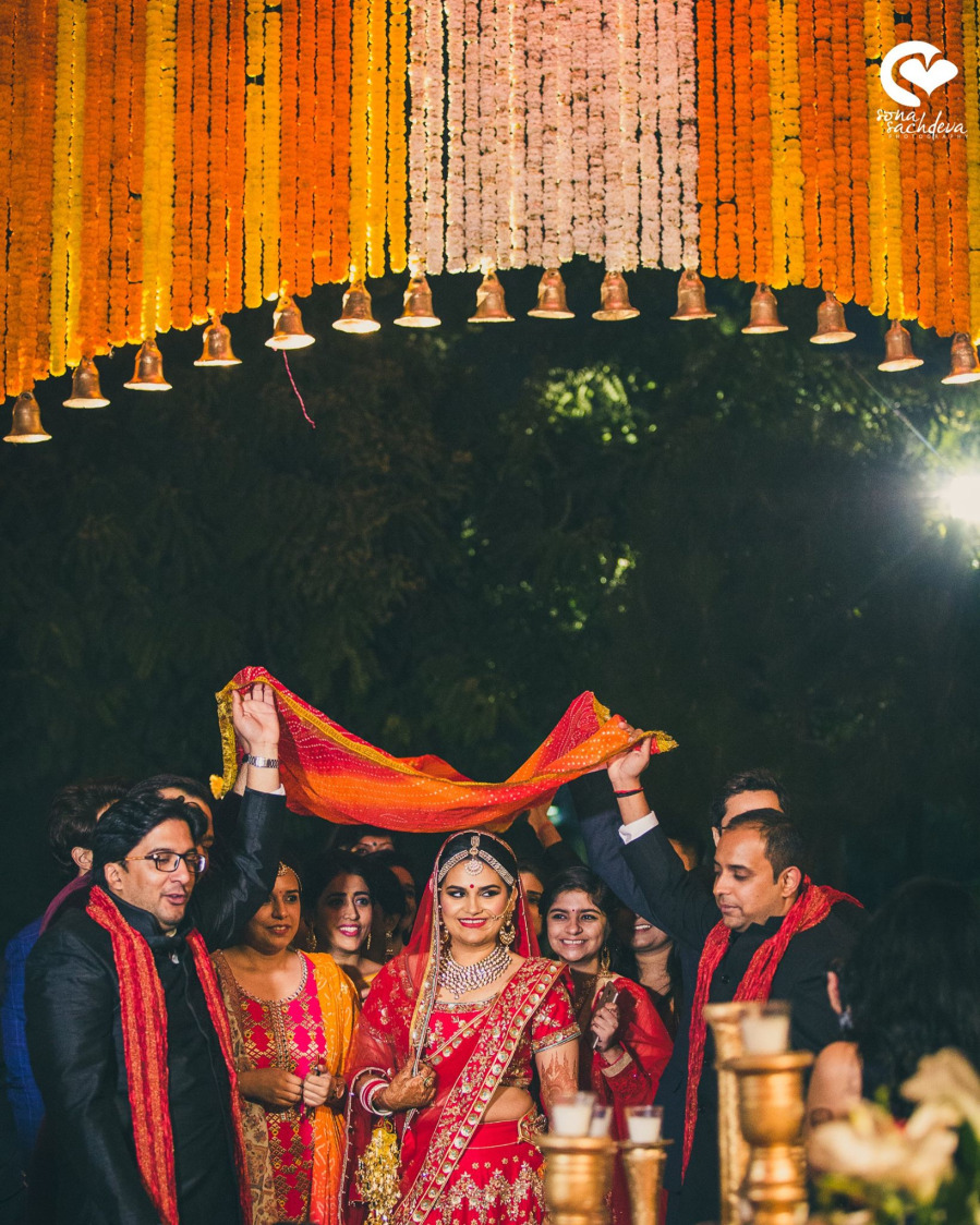 Glorious incoming by Sona Sachdeva Photography Wedding-photography | Weddings Photos & Ideas