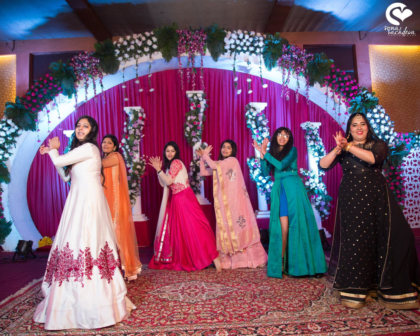 Mandatory dance performances by Sona Sachdeva Photography Wedding-photography | Weddings Photos & Ideas