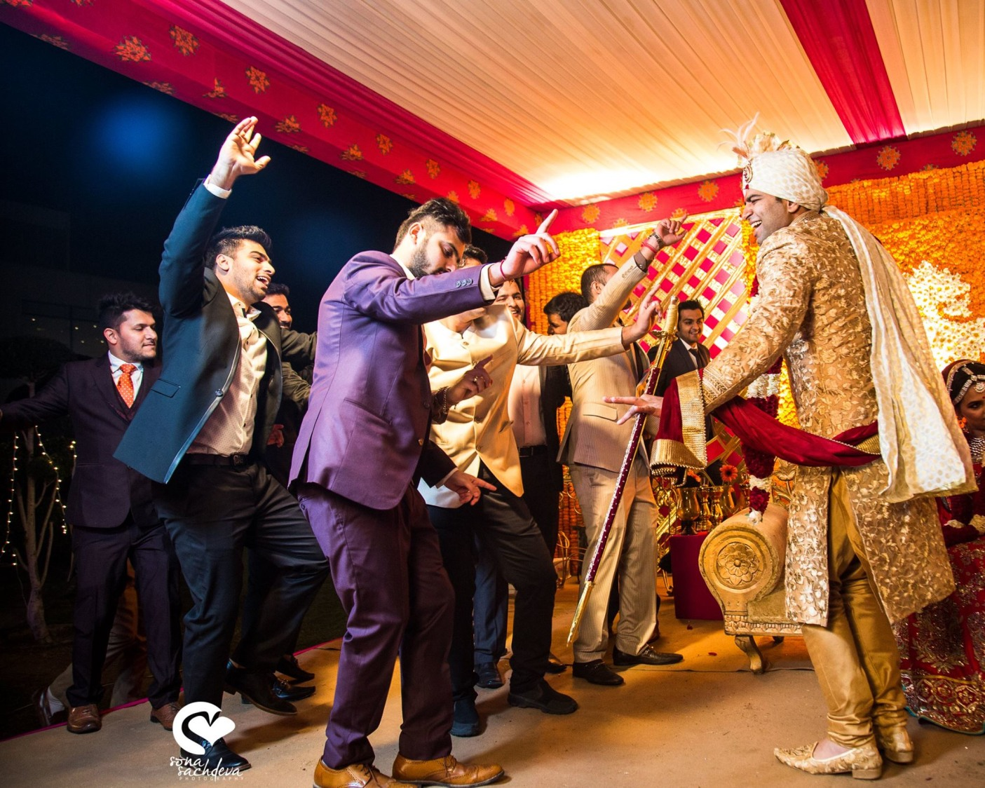 Exuberant baraati by Sona Sachdeva Photography Wedding-photography | Weddings Photos & Ideas