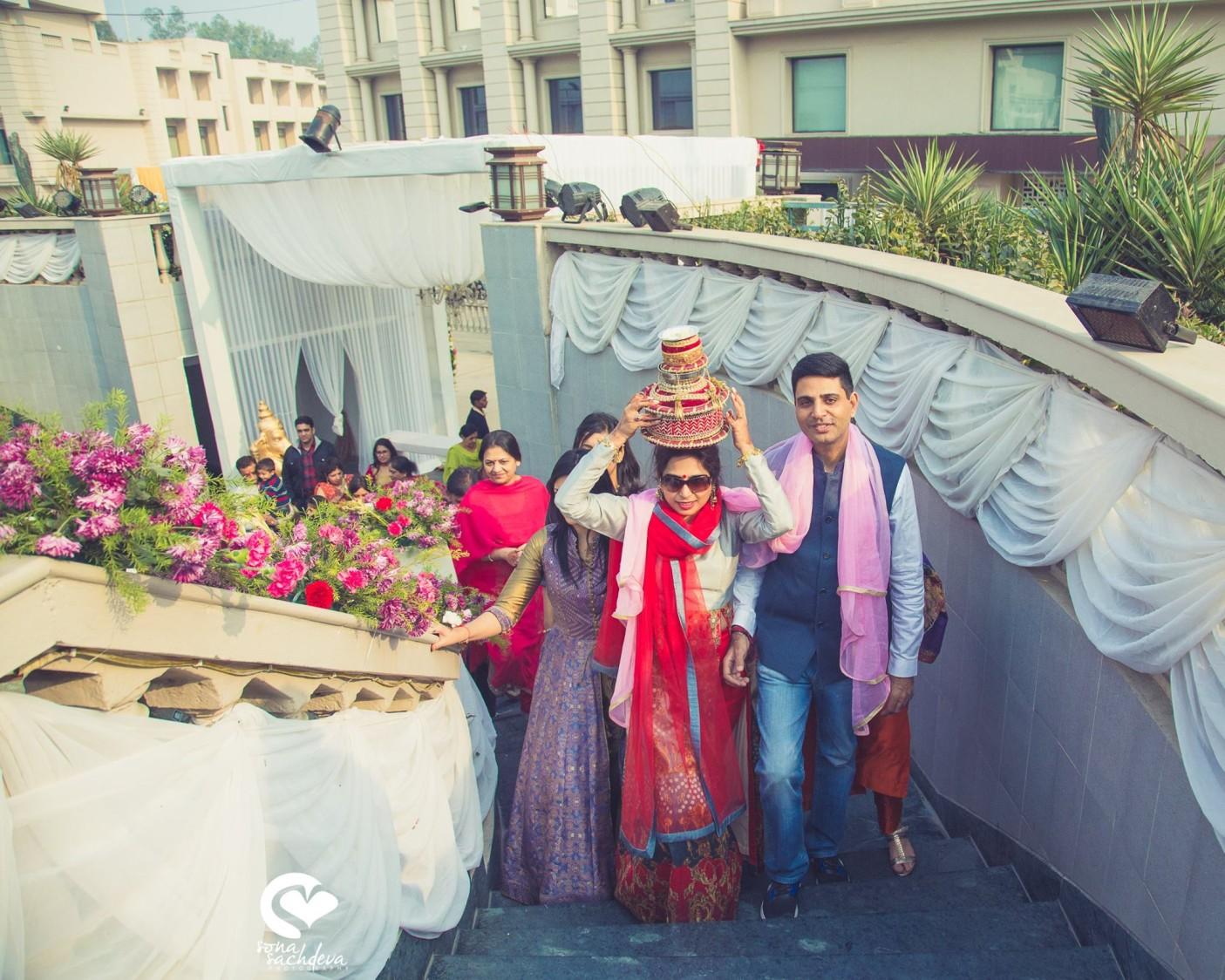 Lovely customs by Sona Sachdeva Photography Wedding-photography | Weddings Photos & Ideas