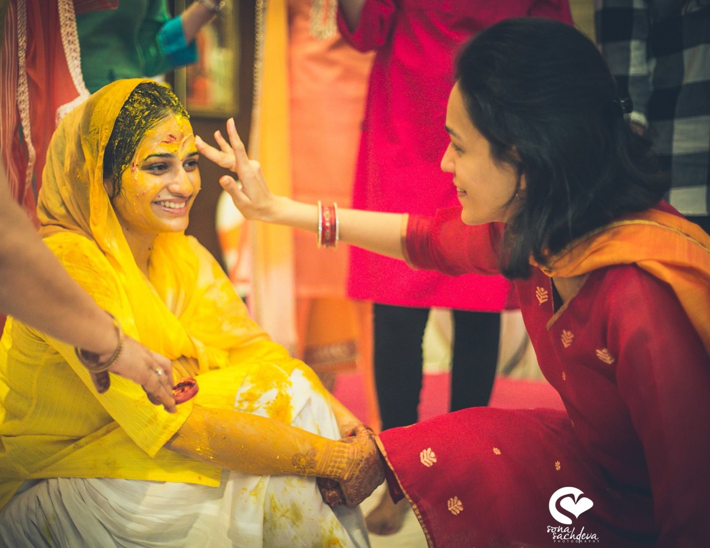Golden glow by Sona Sachdeva Photography Wedding-photography | Weddings Photos & Ideas