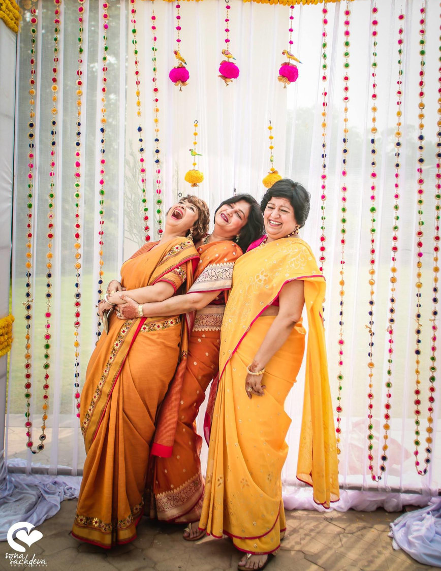 Joyful ladies by Sona Sachdeva Photography Wedding-photography | Weddings Photos & Ideas