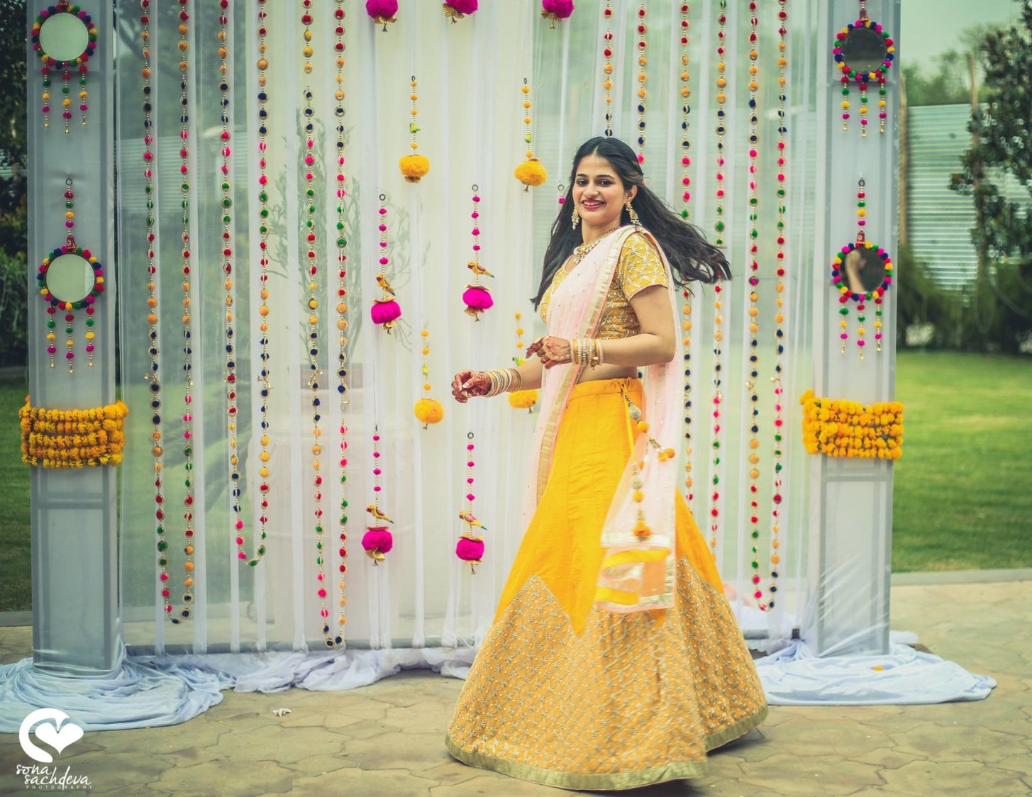 Twirling enchantress by Sona Sachdeva Photography Wedding-photography | Weddings Photos & Ideas