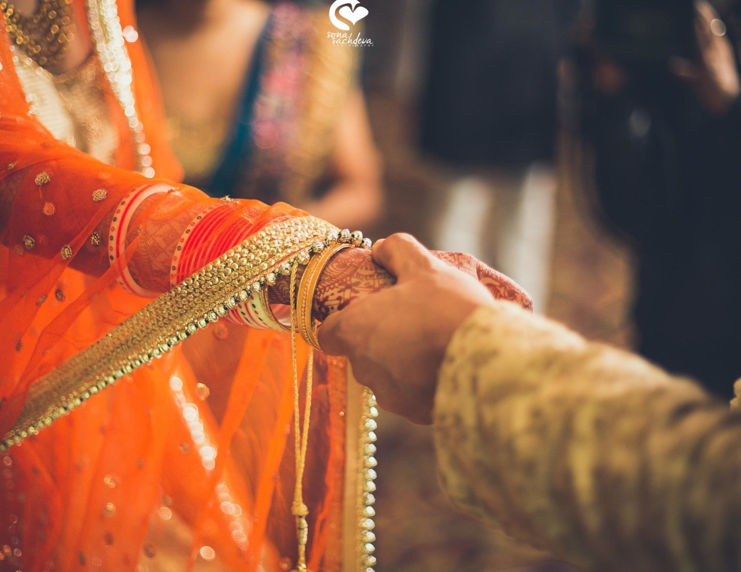 Entwined enamor by Sona Sachdeva Photography Wedding-photography | Weddings Photos & Ideas