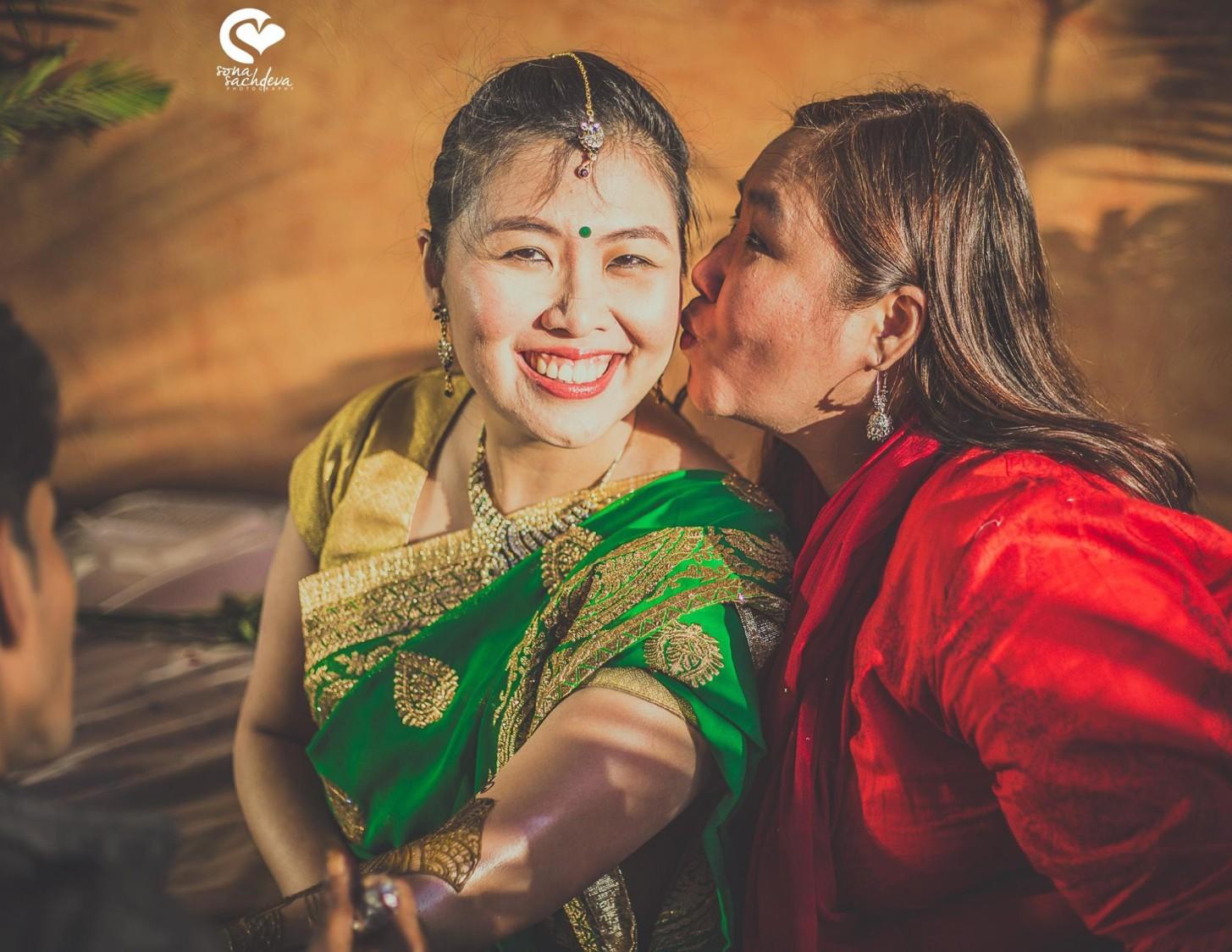 Overwhelmed love by Sona Sachdeva Photography Wedding-photography | Weddings Photos & Ideas