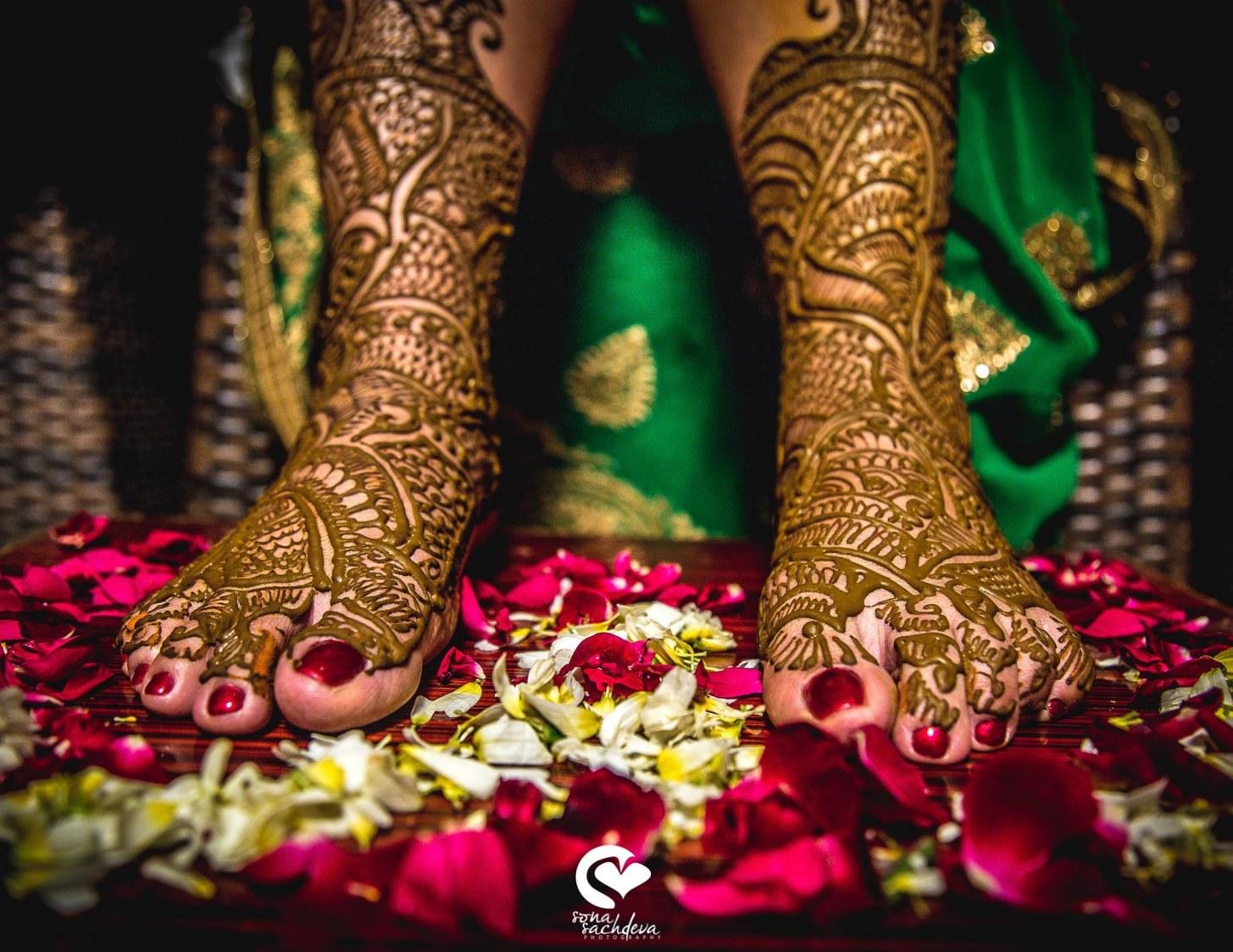 Beautiful colour of boon by Sona Sachdeva Photography Wedding-photography | Weddings Photos & Ideas