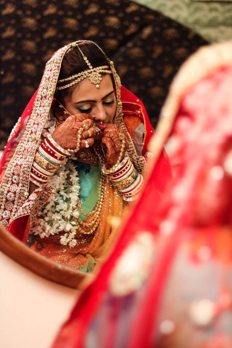 The last details before wedding! by Abhishek Modi Photography Wedding-photography | Weddings Photos & Ideas