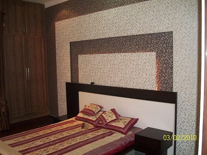 Rose And Peach Bedroom Decor By Shushil Kumar
