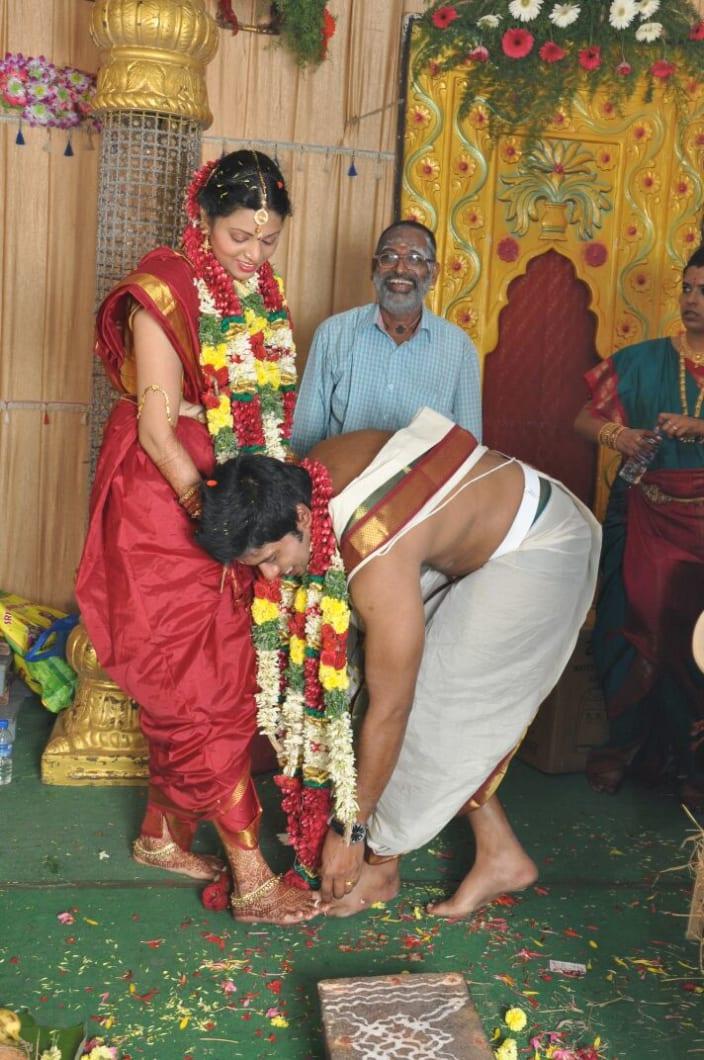 c8c4e1510d Wedding Dresses Design Ideas - for South Indian - UrbanClap