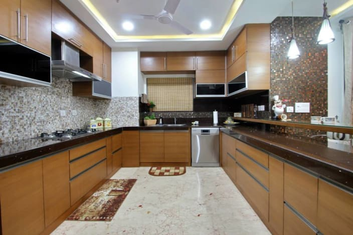 U Shape Kitchen With Wooden Design And False Ceiling