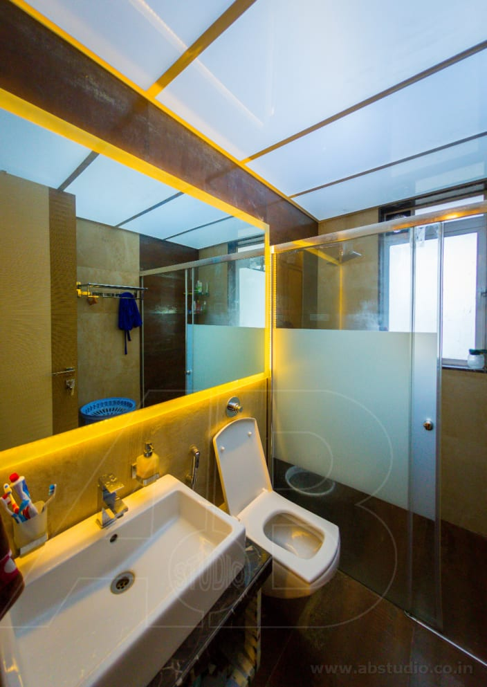 Bathroom With False Ceiling And Modern Structure